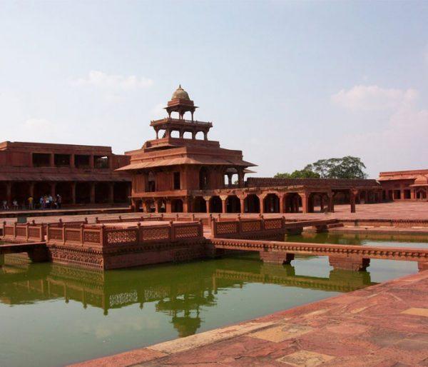 fatehpur sikhri arunace